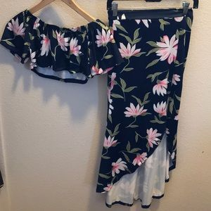 Dresses & Skirts - 2pc. Skirt Set. New Without Tags